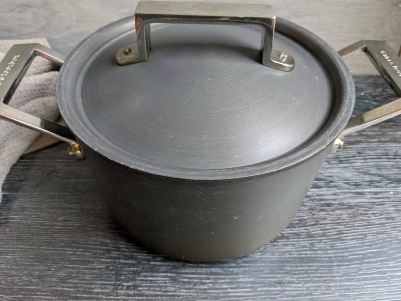 baking sourdough in dutch oven