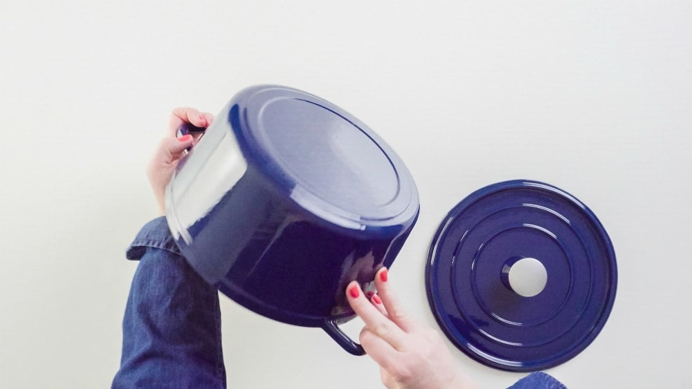 which dutch oven to buy