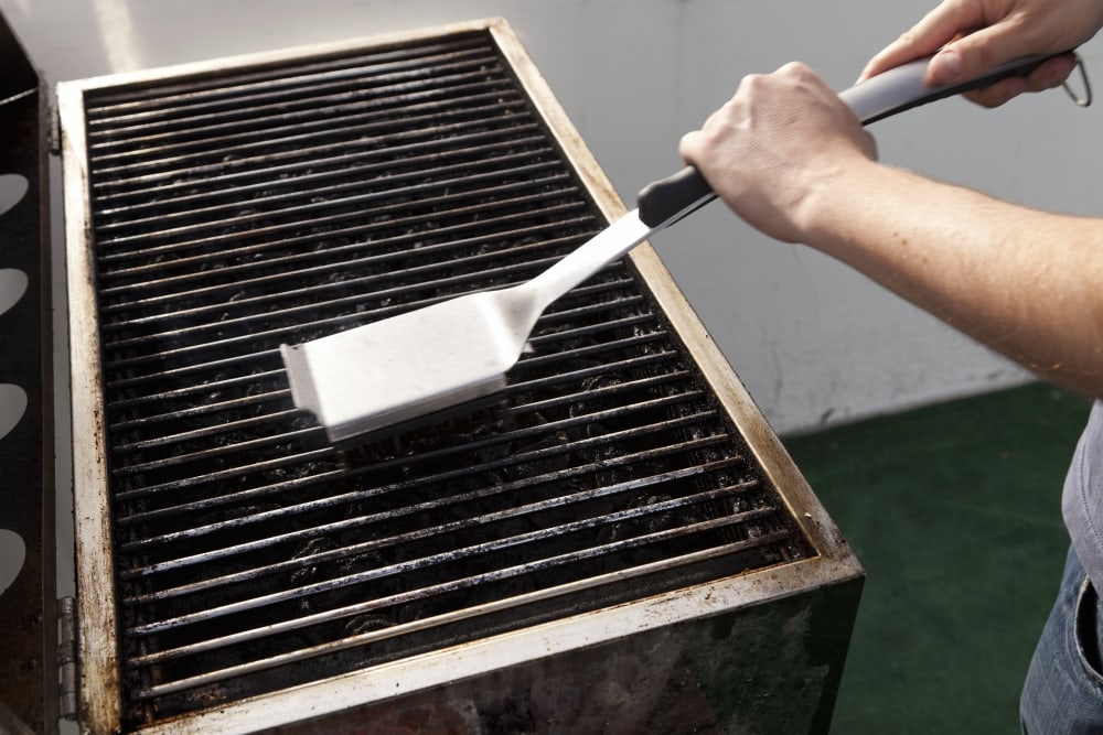 how to clean your grill