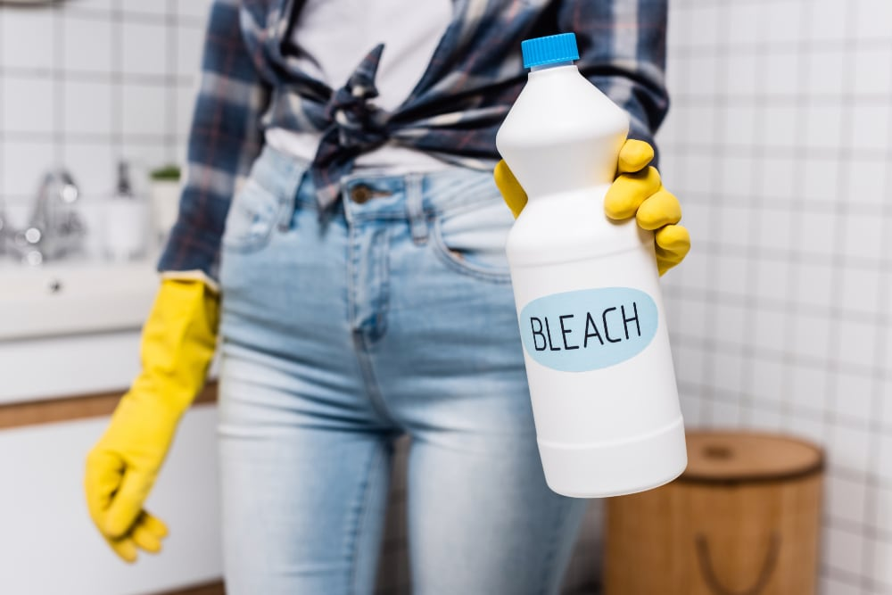 how to clean a moldy grill bleach